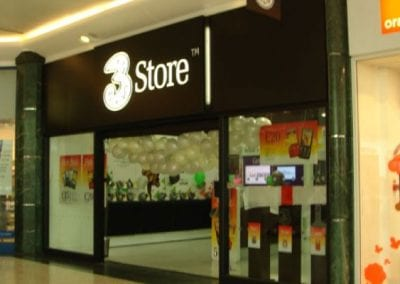 3-store-01