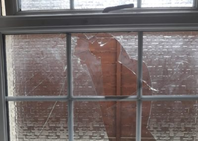 S & T Glazing - emergency board up